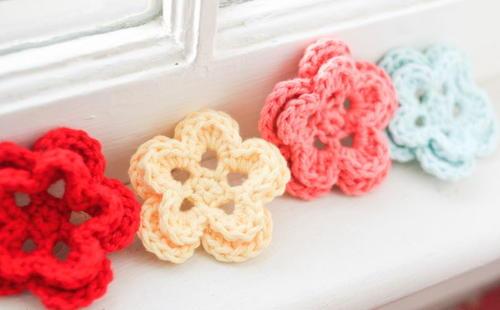 5 Petal Crochet Flower | AllFreeCrochet.com