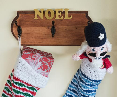 Noel DIY Stocking Holder