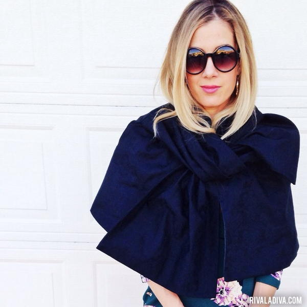 DIY Marc Jacobs Bow Cape