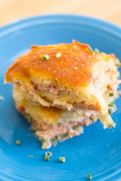 HAM AND CHEESE SCALLOPED POTATO CASSEROLE