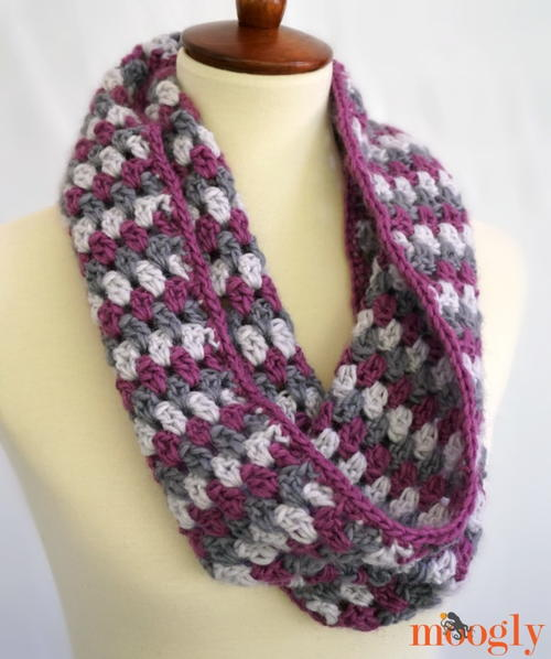 Well Dressed Crochet Cowl