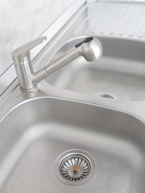 Stainless Steel Sink Cleaning Tutorial