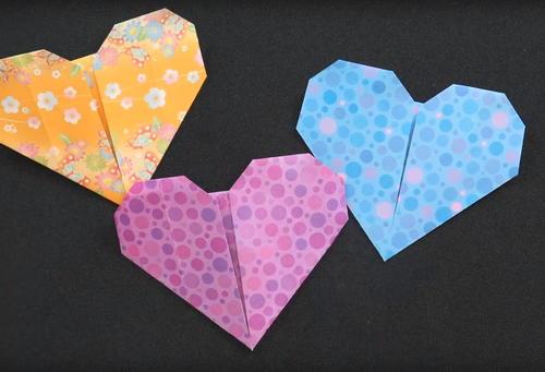 Easy Origami Hearts Favecrafts Com