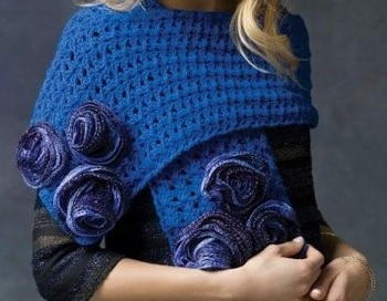 23 crochet patterns for shawls and wraps favecrafts misty blue rose wrap dt1010fo
