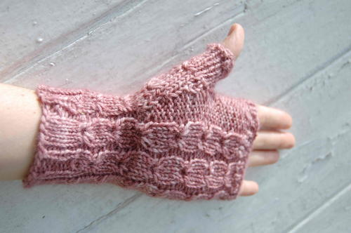 Sweetly Fingerless Mittens