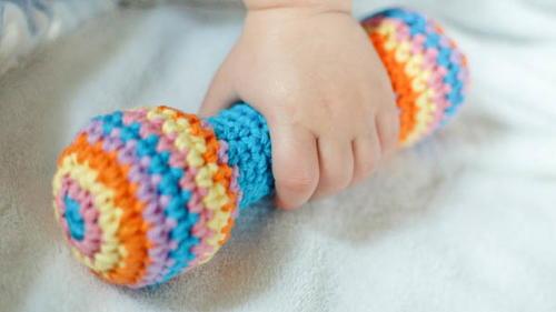 Amigurumi Rattle Free Pattern : Crochet baby rattle pattern or clutch toy allfreecrochet