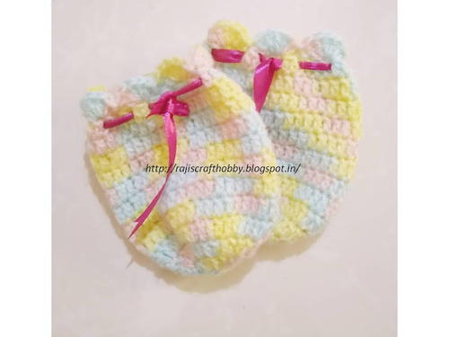 Crochet Thumbless Baby Mittens   AllFreeCrochet.com