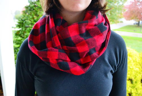 No Sew Infinity Scarf Tutorial | AllFreeSewing.com