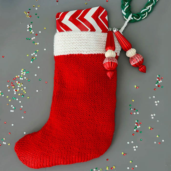 Flat Knit Christmas Stocking | AllFreeKnitting.com