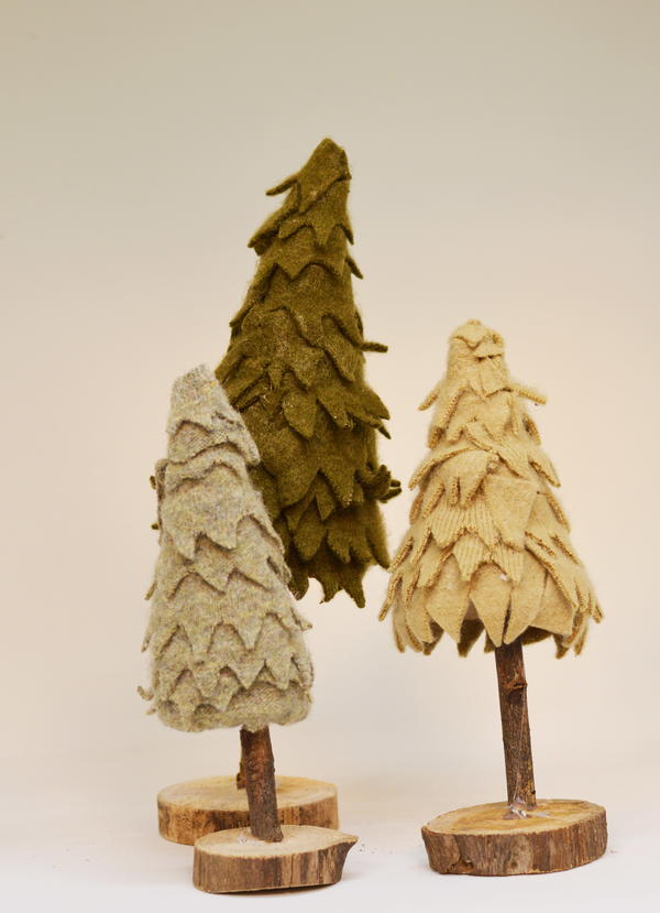 Re-Purposed Sweater Christmas Trees