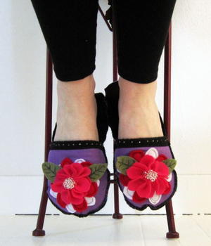 Whimsical Felt Slippers Tutorial