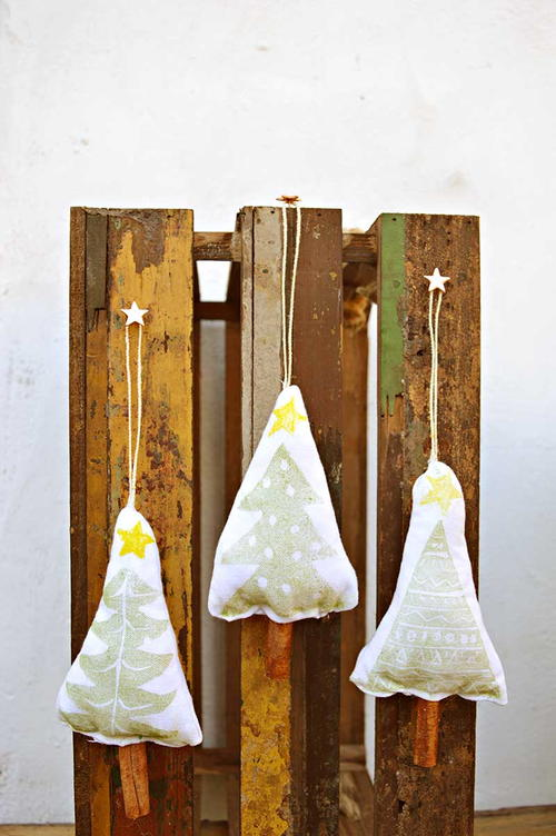 Easy Stamped Christmas Tree Ornaments