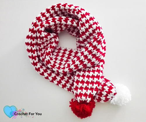 Peppermint Houndstooth Scarf