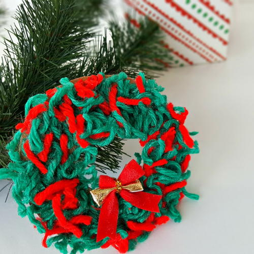 Christmas Wreath Ornament Yarn Craft