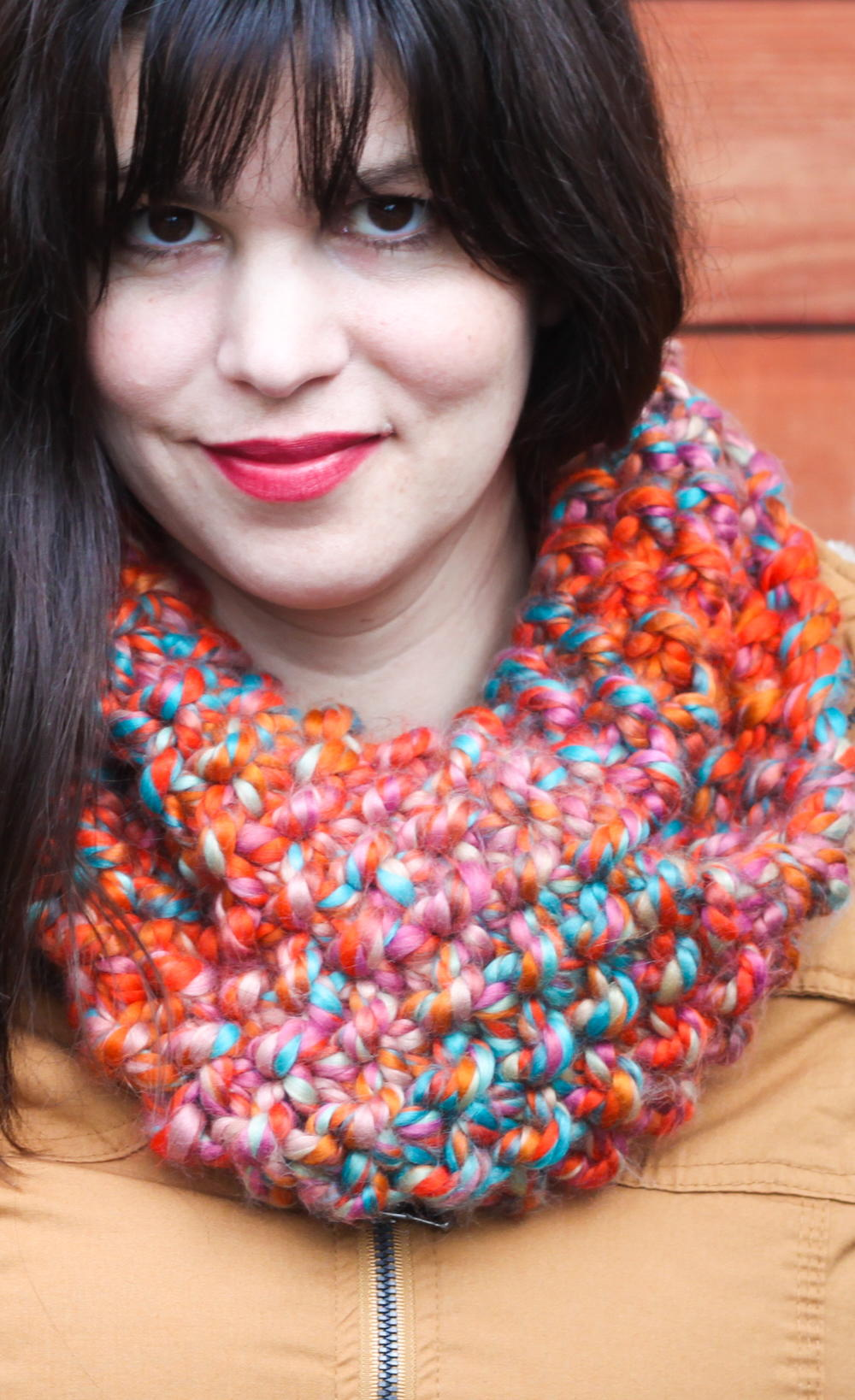 Chunky Seed Stitch Knit Cowl | AllFreeKnitting.com