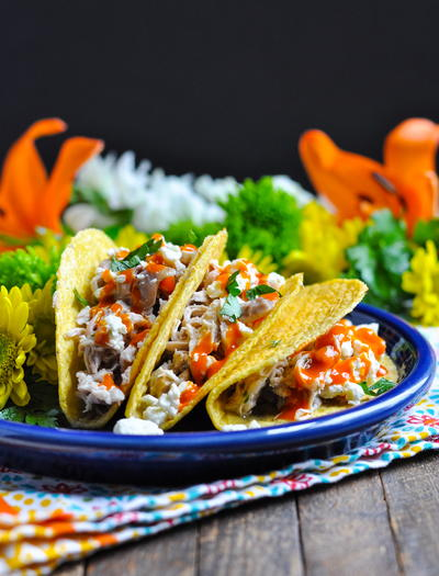 Slow Cooker Buffalo Ranch Chicken Tacos