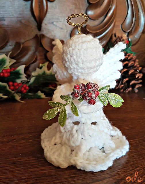 Crochet Mistletoe Christmas Angel