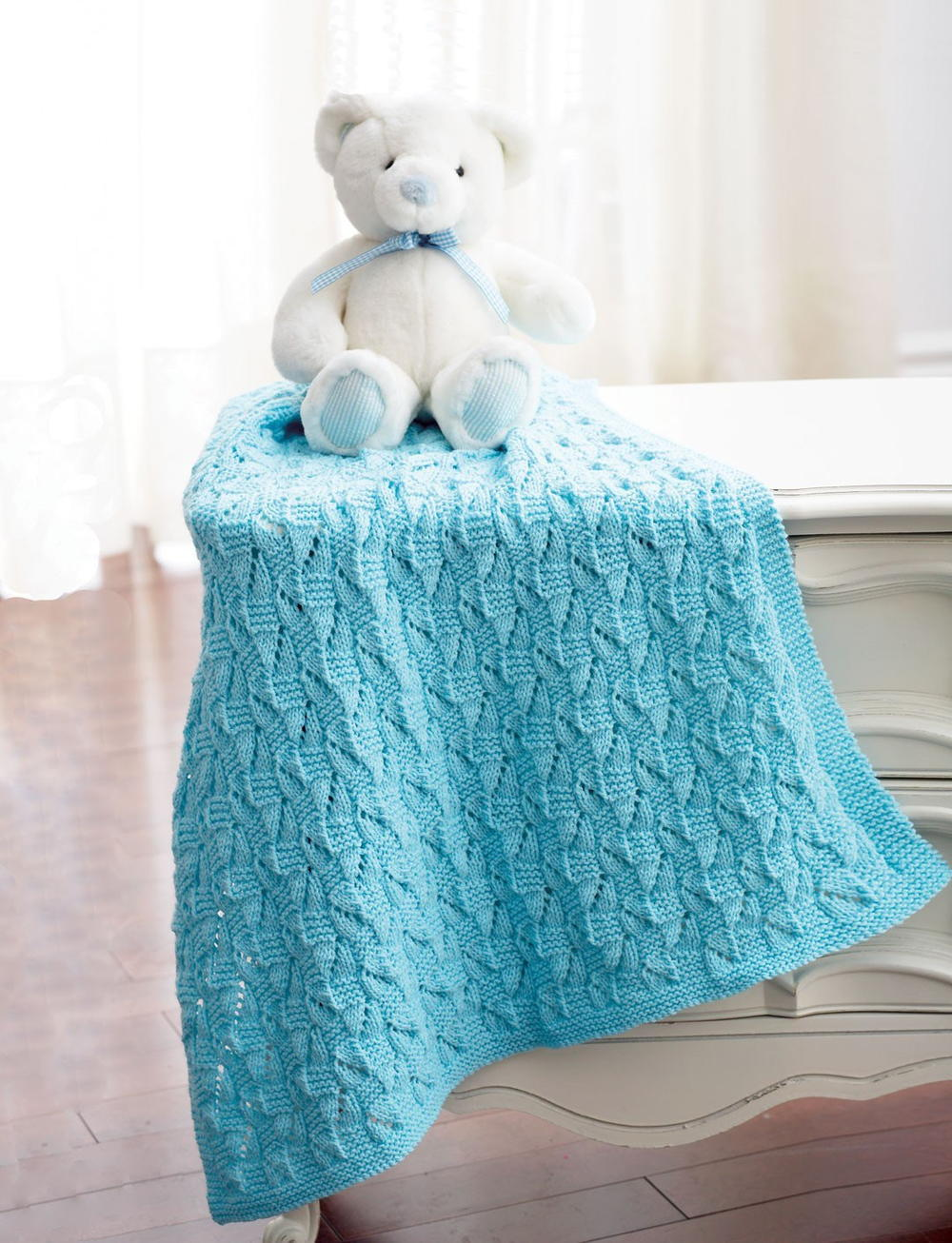 19 Free Baby Blanket Knitting Patterns | FaveCrafts.com