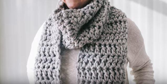 How To Crochet A Super Bulky Scarf Allfreecrochet Com
