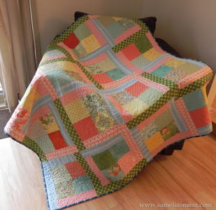 Scrappy Flora Easy Quilt Tutorial