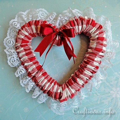 Country Gingham Heart Wreath