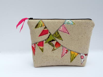 Bunting Cosmetic Bag Tutorial