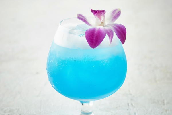 Copycat Bonefish Grill Blue Hawaiian Cocktail