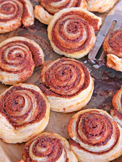 Simple Cinnamon Rolls in Puff Pastry
