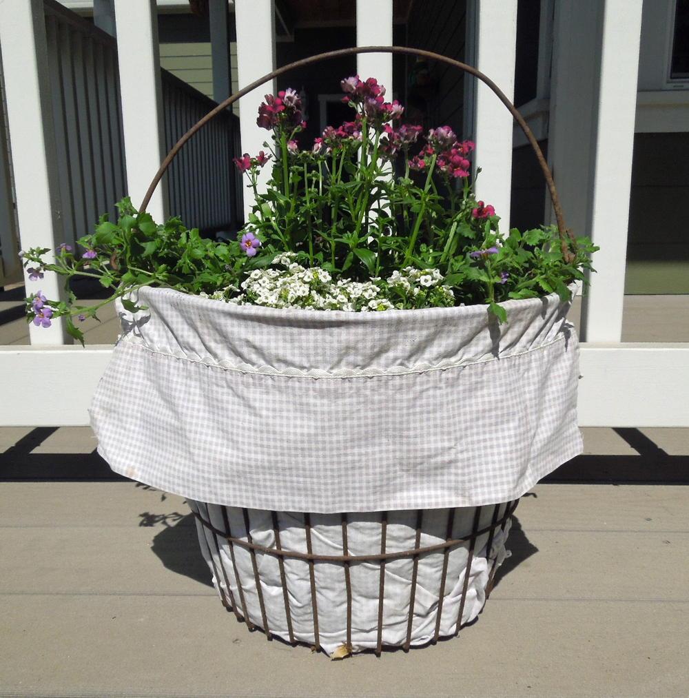 Rustic Wire Basket Flower Container | DIYIdeaCenter.com