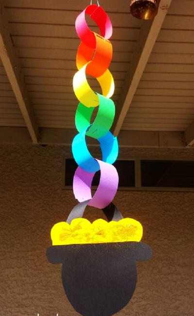 Paper Chain Pot of Gold