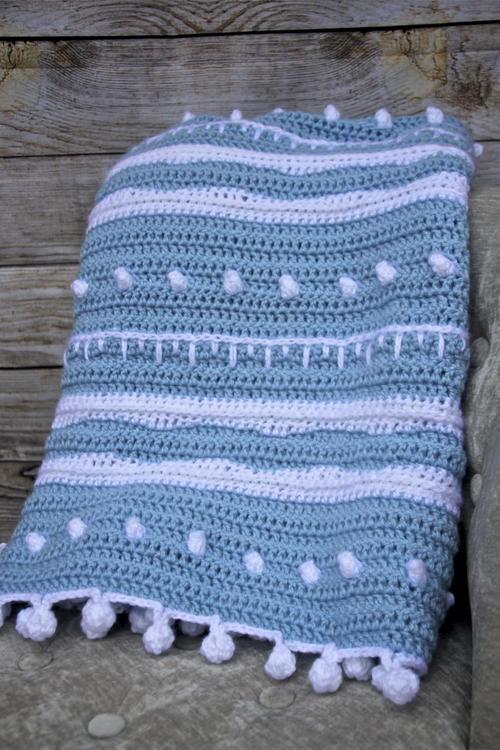 Winter Rhapsody Lap Blanket Allfreecrochet
