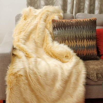 Sew a Faux Fur Throw