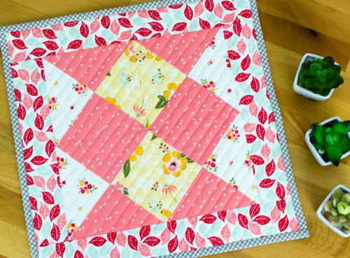 Ardent Coral Mini Quilt Pattern