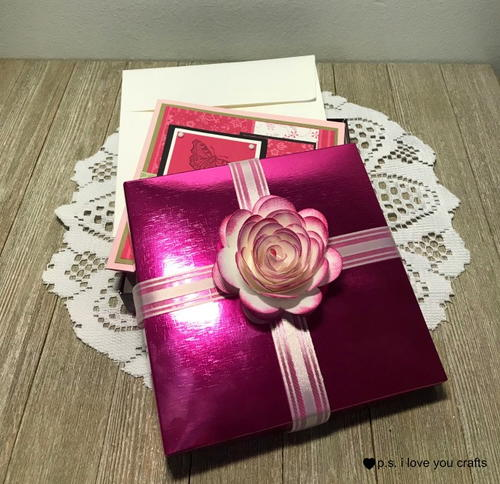 Decorate Gifts for Paper Roses