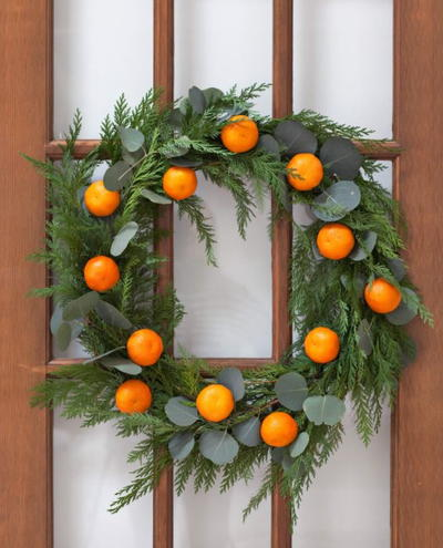 Fresh Mandarin DIY Winter Wreath