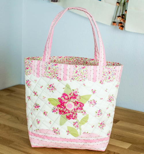 Sweet Summery Quilted Tote Bag Pattern