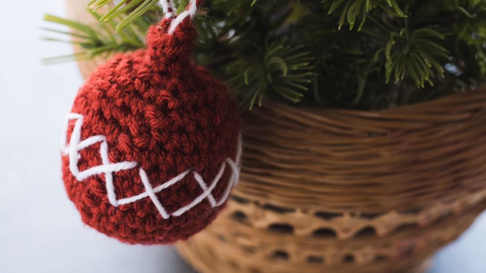 Christmas Crochet Ball Ornament Pattern Video Allfreecrochet