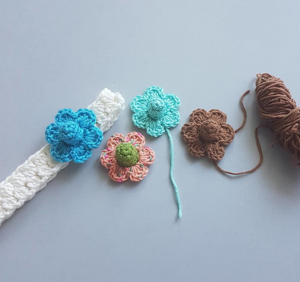 Pretty Little Flowers Allfreecrochet