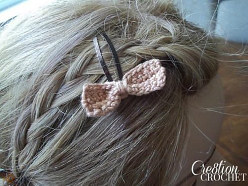 Small Bow Barrette