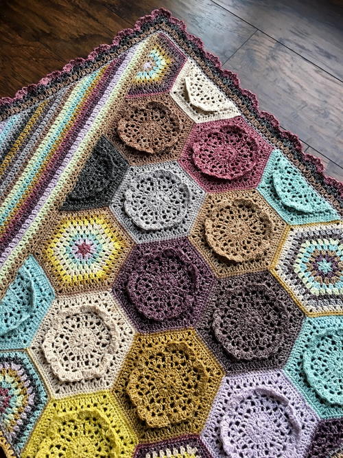 Dutch Rose Blanket