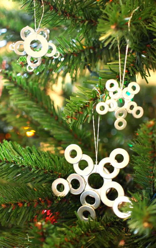 DIY Christmas Ornaments from Washers