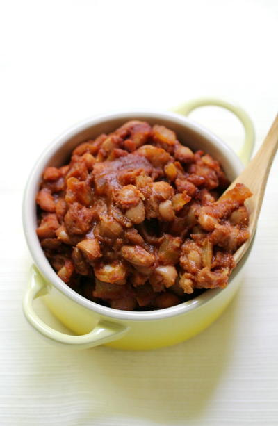 Old-Fashioned Vegan Baked Beans