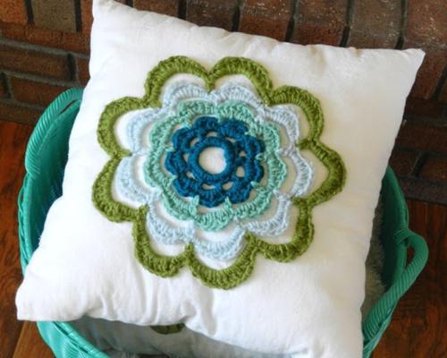 Summer Flower Pillow Pattern Allfreecrochet