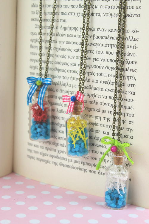DIY Summer Long Necklace with Real Moss and Beads