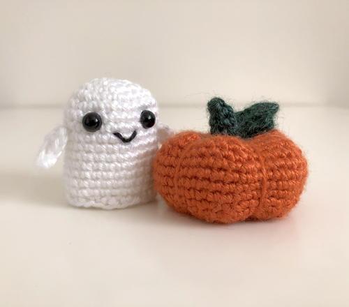 Tiny Baby Ghostie Ghost Amigurumi For Halloween Allfreecrochet