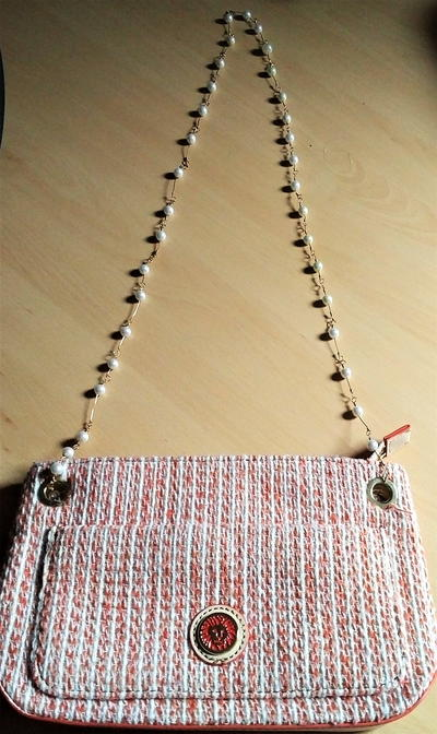 Upcycled Faux Pearl Necklace into Purse Handle