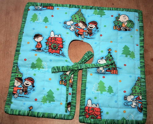 Peanuts Christmas Tree Skirt