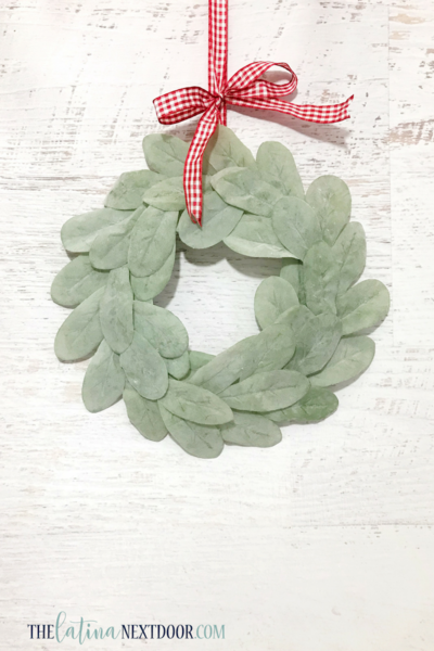 DIY Farmhouse Holiday Wreath
