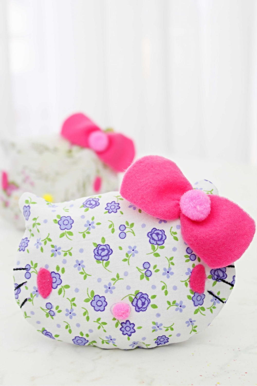 Hello Kitty Coin Purse Sewing Pattern | AllFreeHolidayCrafts.com