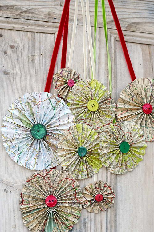 Roadmap Paper Rosettes Decorations
